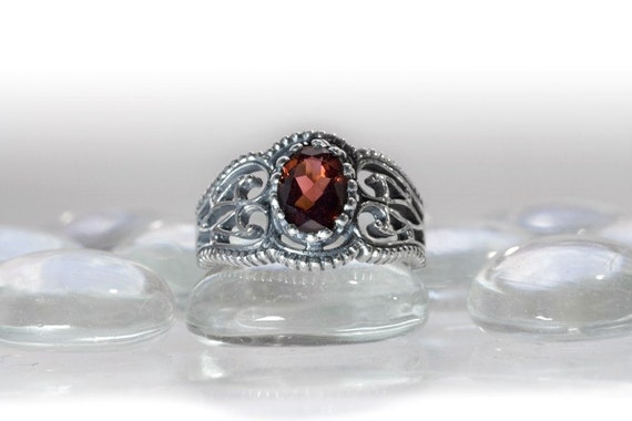 Vintage Style Filigree Ring in Sterling Silver