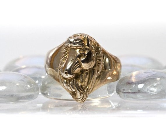 Horse Ring in Antique Bronze