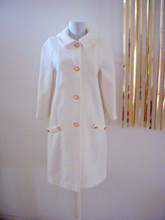 60s White Pique Mod Dress Coat Vintage Mad Men Coat Size Small to Medium estimated