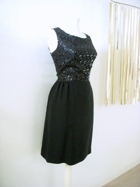 50s 60s Vintage Black Crepe and Sequin Wiggle Dress Black Party Cocktail Dress Metal Zipper Size Medium estimated