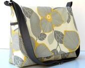 Cross Body Messenger Bag Purse - Amy Butler Optic Blossom - 8 pockets