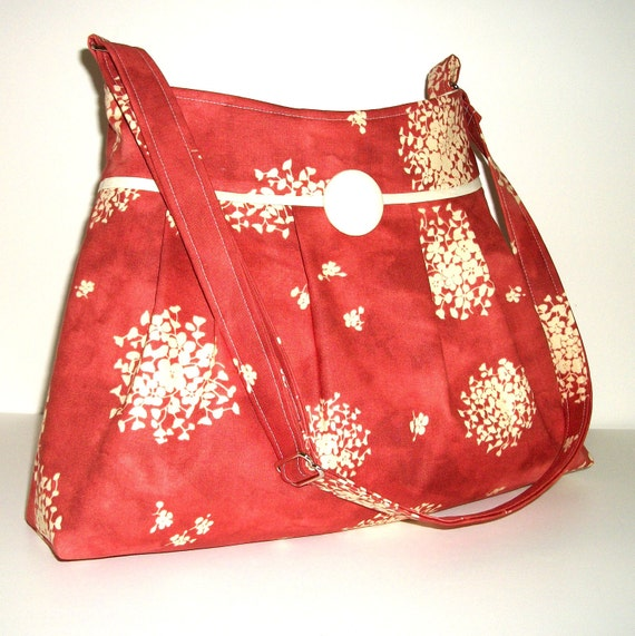 Pleated Purse, Fall Bag, Ivory Flowers on Rust Red Cotton, Adjustable strap, Medium Size