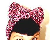 Vintage Inspired Head Scarf, Bow or Bandanna Style, Leopard print, Black and Hot Pink, Rockabilly, Retro, 1950s