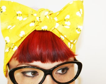 Vintage Inspired Head Scarf, Bow or Bandanna Style, Bees, Bumble bee, Summer time, Rockabilly, Retro