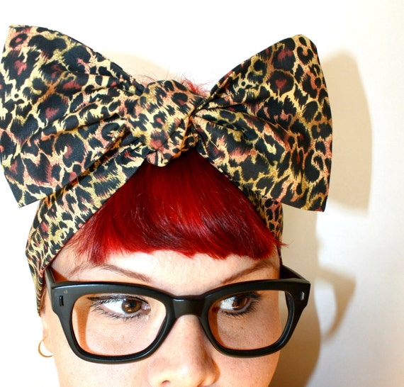Vintage Inspired Head Scarf, Bow or Bandanna Style, Leopard print, Animal print, Rockabilly, Retro, Pin Up, 1950s