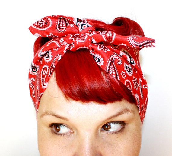 Vintage Inspired Head Scarf, Bandana Style, Red Paisley, Summer time, Rockabilly, Retro, 1940s,1950s