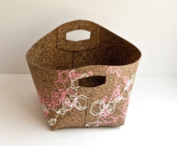 cork apple basket -oval print
