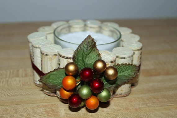 Wine cork candle holder, ribbon and berries