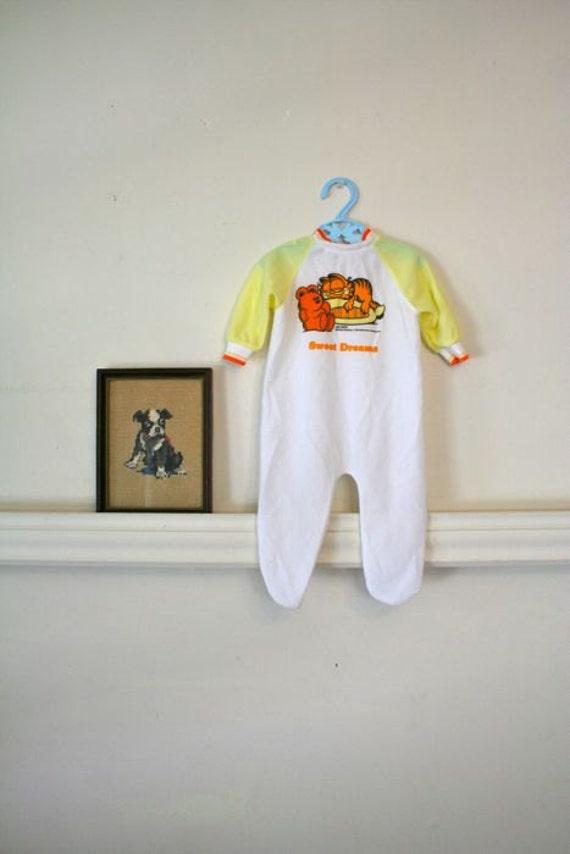 vintage baby's pajamas - GARFIELD fleece pjs / 3-6M