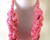 Chunky Knit Necklace - Hot Pink Wool Hand Knitted