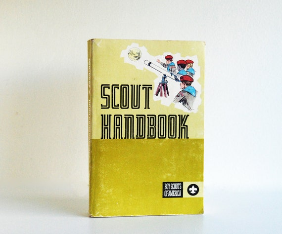 Scout Handbook - Boy Scouts of America Illustrated Book 1972
