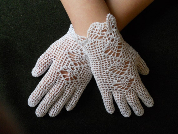 Free Crochet Patterns Lace Gloves : Bridal crochet gloves white lace gloves summer wedding