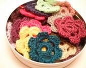 Crochet Flower Appliques/Box Toppers-10 flowers