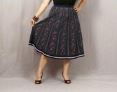 Sale Vintage Folk Skirt / Navy with Dark Red Flowers / L XL Clearance Oktoberfest