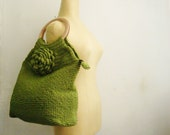 Green Tote Crochet Bag with Natural Wooden Handles