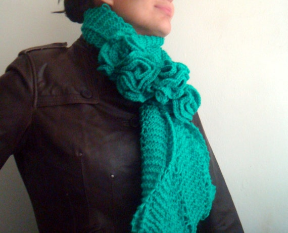 Infinity Loop Circle Scarf Hand Knit Cowl Snood Green with Roses