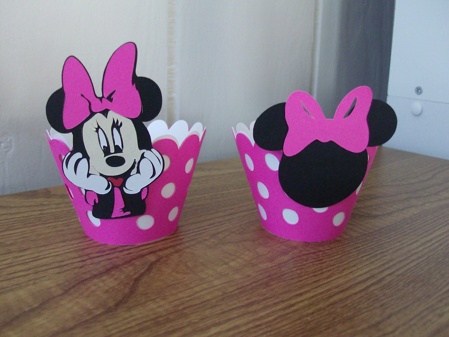1 Minnie Mouse Cupcake Wrapper