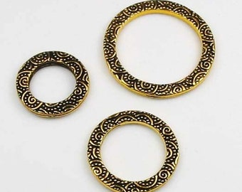 3 Tierracast Gold Links, Assorted Sizes