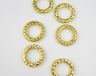 20 Gold Tierracast Small Hammertone Rings