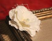 Flower girl hair clip, ivory flower clip, flower girl hair accessories, alligator clip
