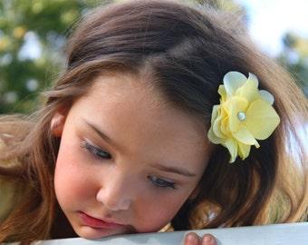 Yellow Hair Clip, alligator clip, flower hair clip