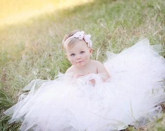baby headband, pink Small Flower Headband, newborn headband, pearls crystals french bridal veil, Photography Props, Flower Girl headband