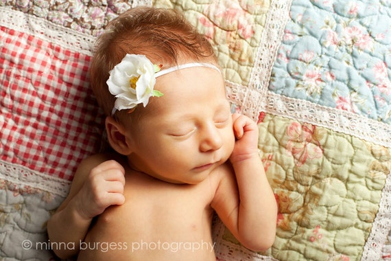 SALE baby headbands, White Small Vintage flower headband