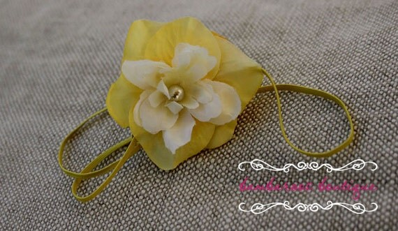 Flower headband, yellow headband, Small Flower headband,  Skinny thin Elastic Headband, Newborn headbands, Baby