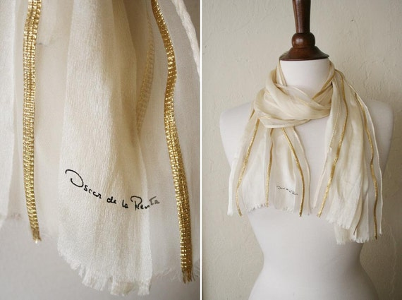 vintage OSCAR de la RENTA silk scarf