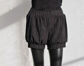 Black with White Pin Stripe Shorts Bloomer Lolita Style size Medium/Large