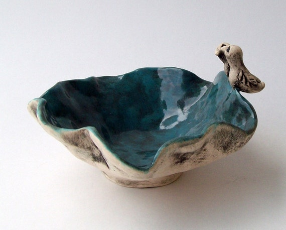 Love Bird Trinket Bowl - Soap Dish - Ring Holder - Wedding Favor Hand Built Pinch Pot