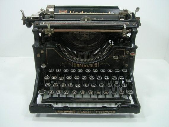 Antique Underwood Model 5 Typewriter