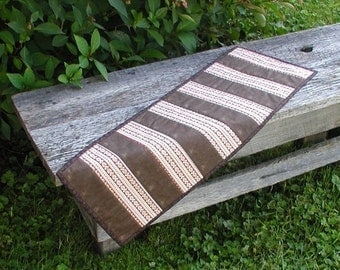 Caffe' Latte Quilted Table Runner