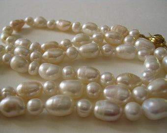 Classic White and Peach Cultured  Pearls Necklace