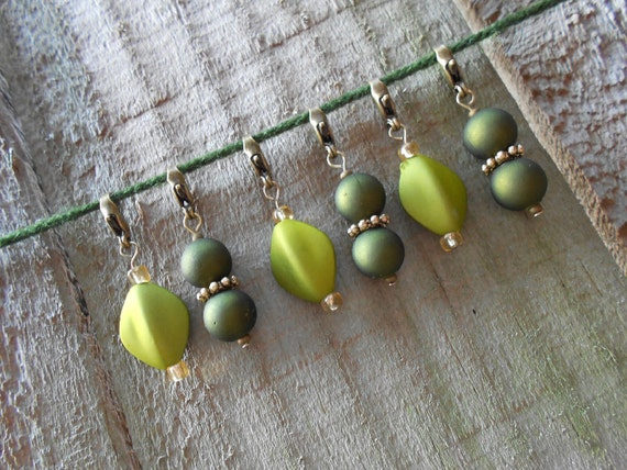 Stitch Markers for Knitting and Crochet -- Set of 6 -- Green and Gold