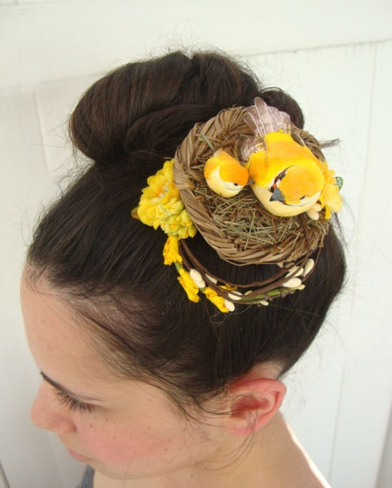 Yellow Spring Bird Nest Floral Barrette