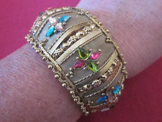 Original Must Have Bracelet - It's a Show Stopper