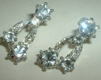 Vintage Large Bright Rhinestone Rodium Plated Drop Dangle 1940 Earrings TO DIE GORGEOUS
