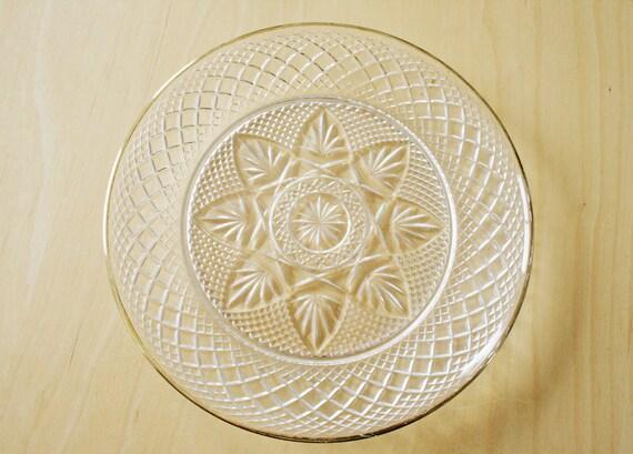 Vintage Snowflake Plate