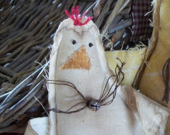 Grungy primitive chicken bowl fillers ... set of 3...