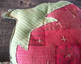 Primitive Patchwork Large Strawberry Cupboard Tuck Greeter
