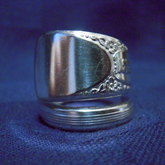 Silver Spoon Ring - Embassy/Bouquet