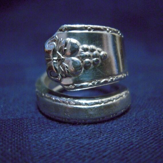 Silver Spoon Ring - Bordeaux