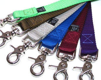 "4' Houndstown Banner Leash, 23 Colors, 1"" Width, Nickel Hardware"