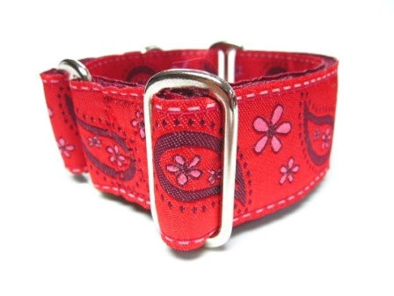 "Houndstown 1.5"" Red Paisley Unlined Martingale Collar Size Medium"