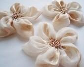 Cream Flowers Handmade Appliques Embellishments(3 pcs)
