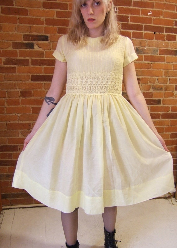 1950s daffodil dress