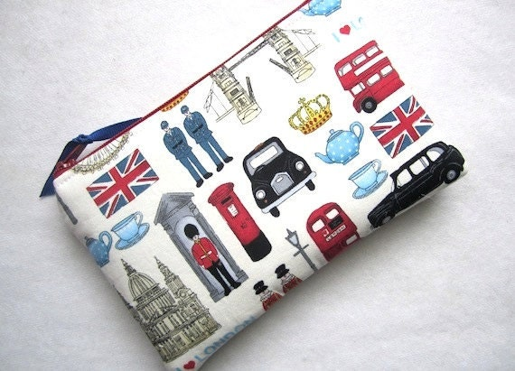 Zip Pouch Gadget Purse Coin Padded-I Love LONDON landmarks olympics- Off White Red Taupe Black