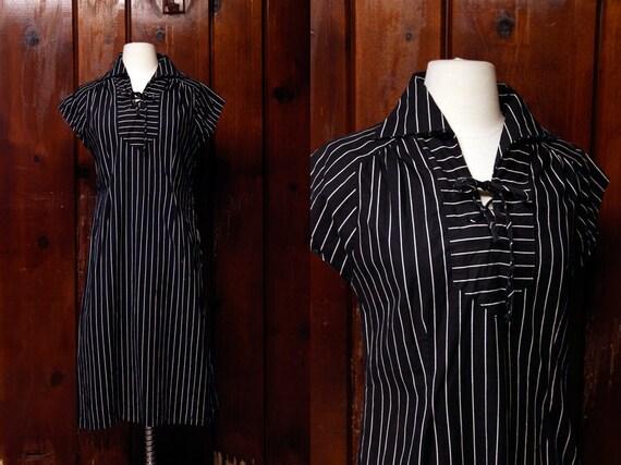 striped dress / 60s dress / black white / vintage 1960s cotton dress medium large M L
