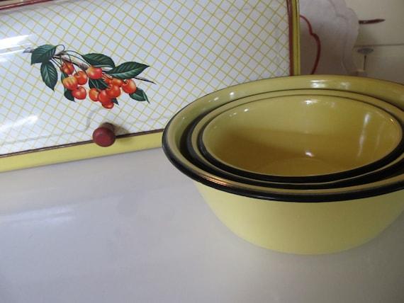 Yellow and Black Kitchen Bowl Set- 1940's Enamel Ware graduated Size Set